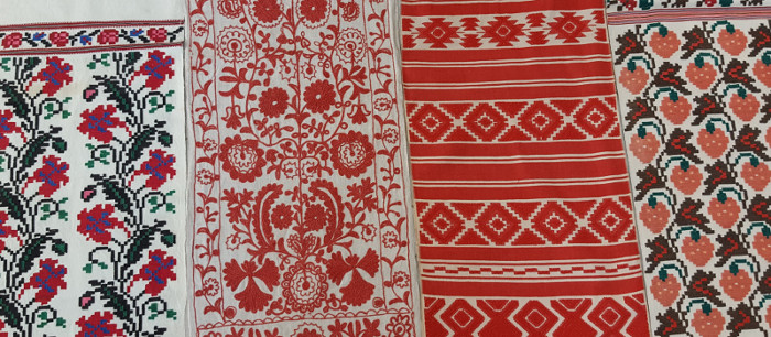 Examples of embroidered and woven rushnyky